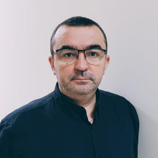 Piotr Sutowicz